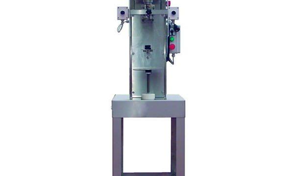 Halvautomatisk maskin for spindelflaske